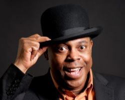 Michael Winslow - The Man Of Over A Thousand Sound Effects
